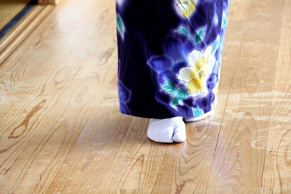 【早島校】和服での歩き方