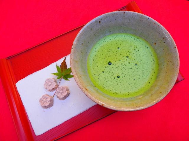 美しの所作でお抹茶タイム:お菓子編